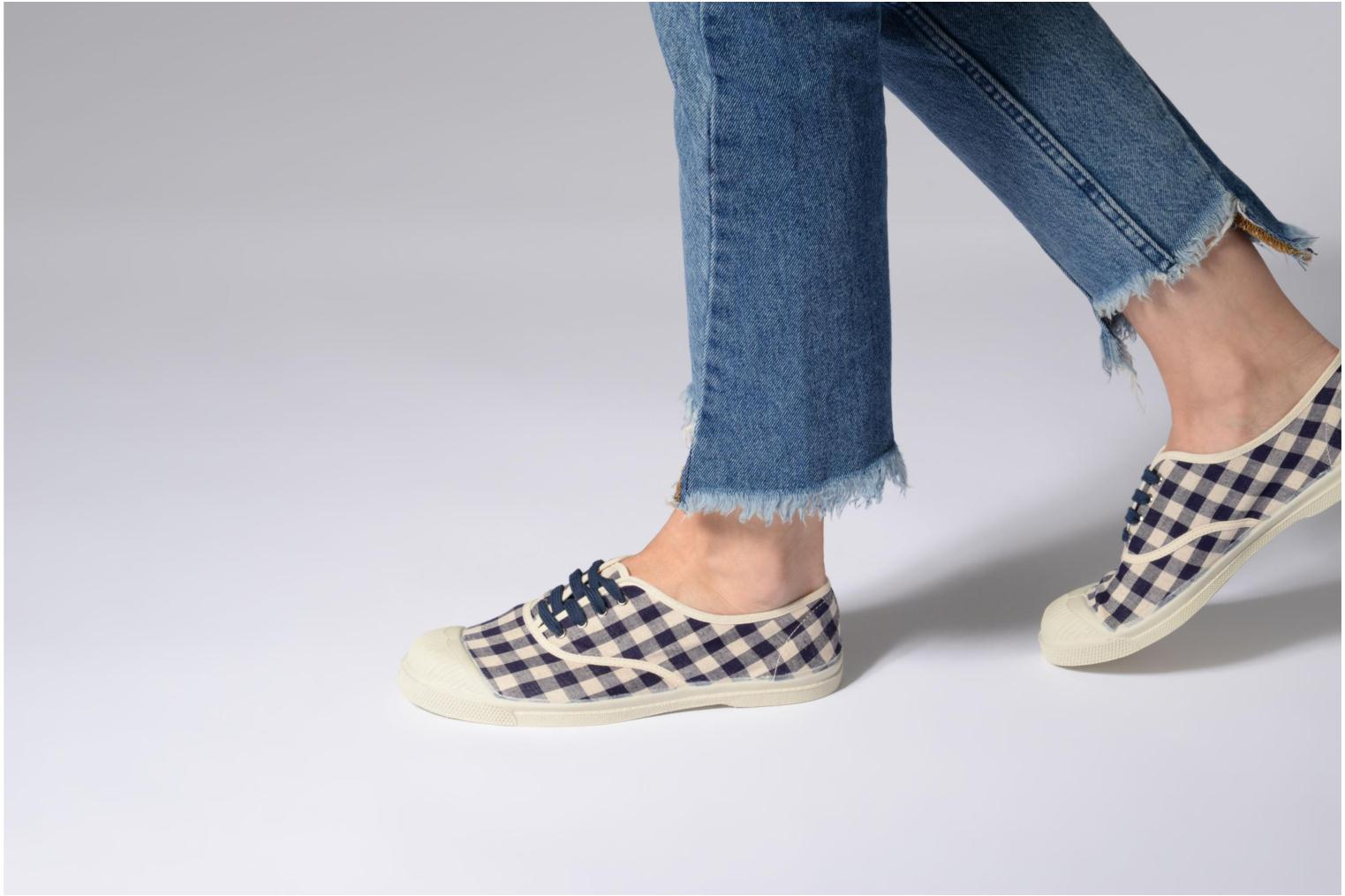 Trainers Bensimon Tennis Vichy Lin Blue view from underneath / model view