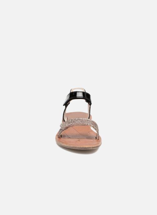 Sandales et nu-pieds Achile Komaki Noir vue portées chaussures