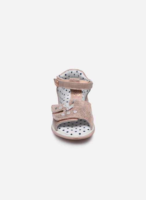 Sandales et nu-pieds Catimini Puce Rose vue portées chaussures