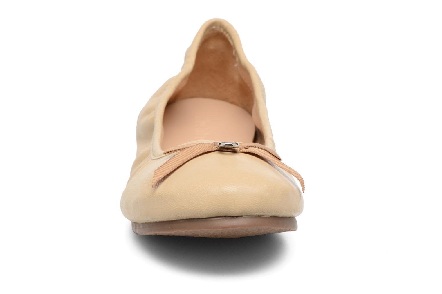 Ballerina's Hush Puppies Lilas Beige model