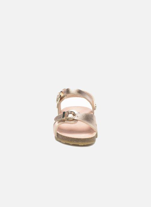 Sandalen Osito by Conguitos Begona gold/bronze schuhe getragen