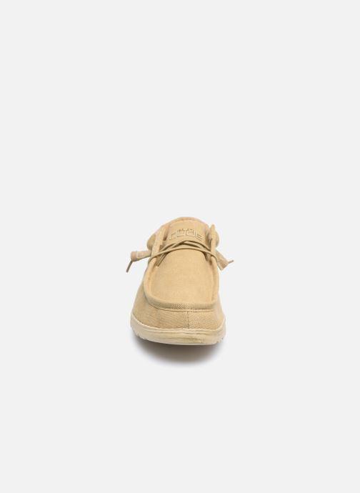 Chaussures à lacets DUDE Wally Classic Beige vue portées chaussures
