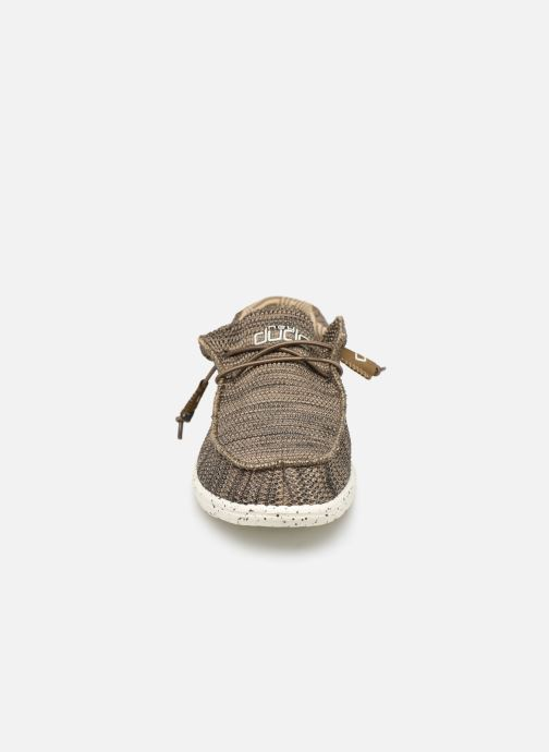 Mocassins DUDE Wally Sox Marron vue portées chaussures