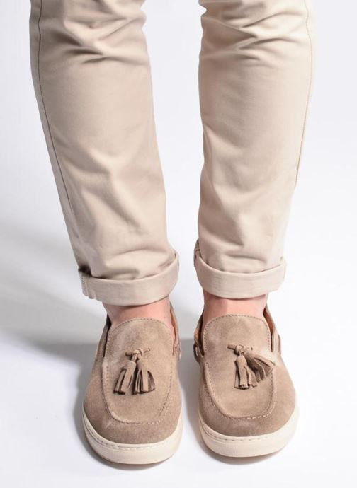 Loafers Mr SARENZA Sokhor Beige view from underneath / model view