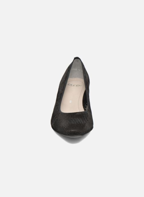 Zapatos de tacón Ara Padua 32861 Negro vista del modelo