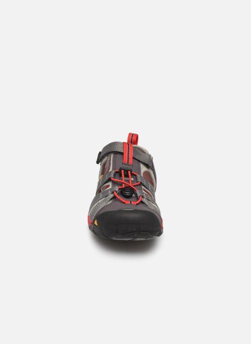 Sandales et nu-pieds Keen Seacamp ll CNX Gris vue portées chaussures