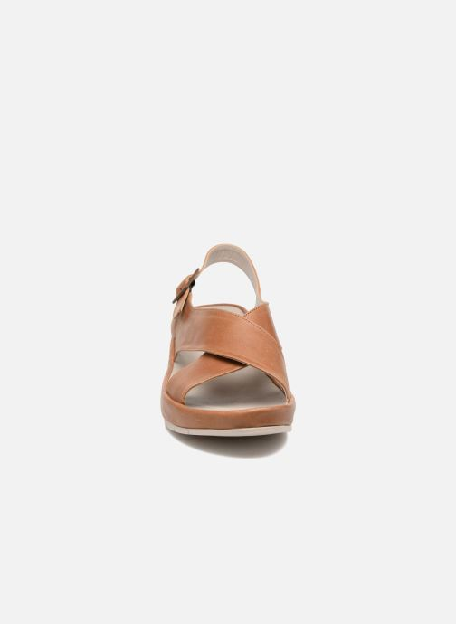 Sandals TBS Louanne Brown model view
