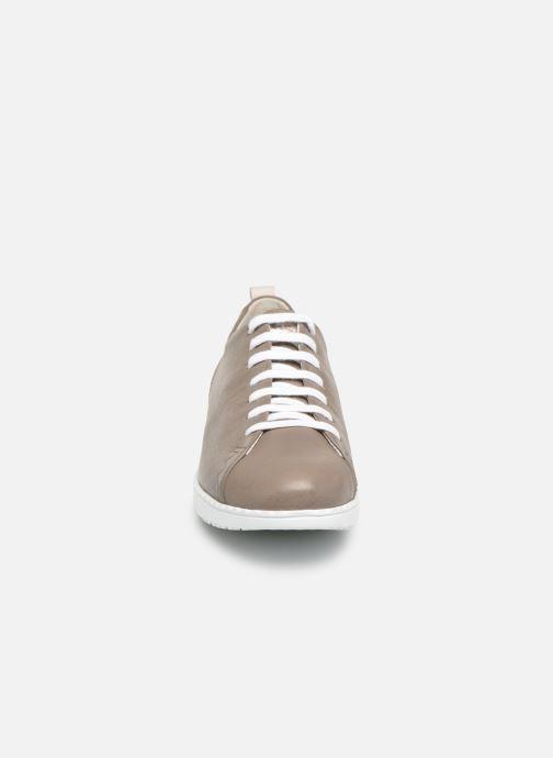 Baskets TBS Wenddie Gris vue portées chaussures