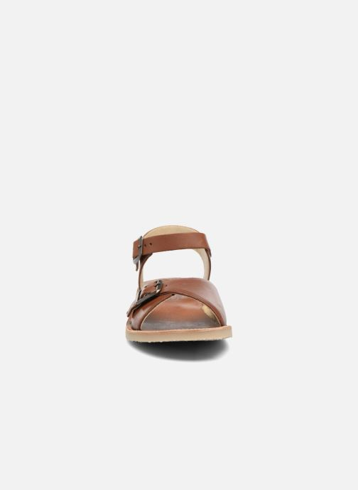 Sandales et nu-pieds Young Soles Sonny Marron vue portées chaussures