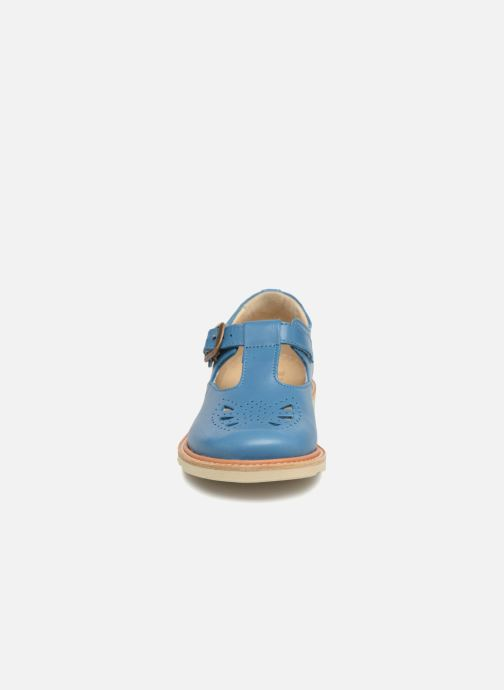 Sandals Young Soles Rosie Blue model view