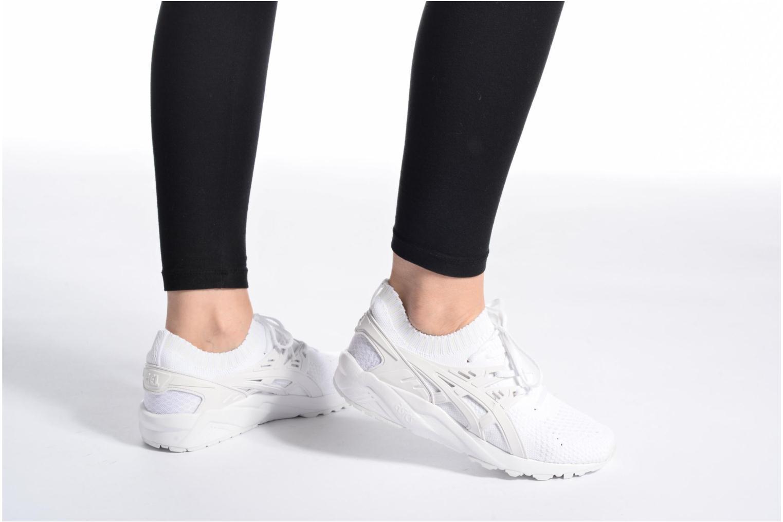 Baskets Asics Gel Kayano Trainer Knit W Blanc vue bas / vue portée sac