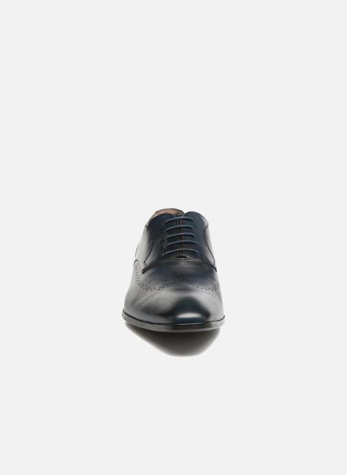 Zapatos con cordones Marvin&Co Romford Azul vista del modelo