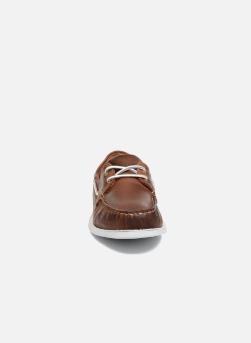 Lace-up shoes Marvin&co Satingh Brown model view