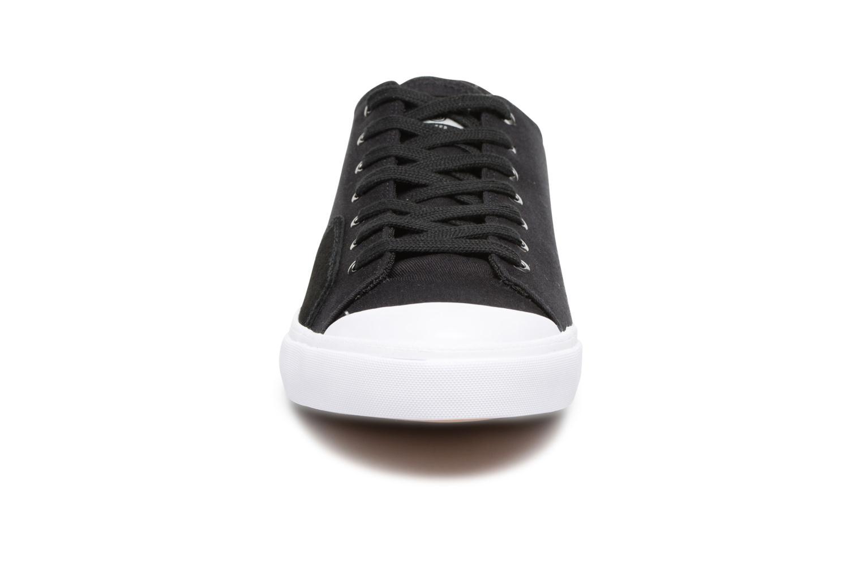 Sneakers Element Spike Zwart model
