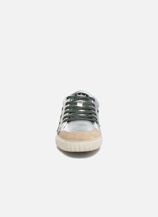 Baskets Ash Majestic Argent vue portées chaussures