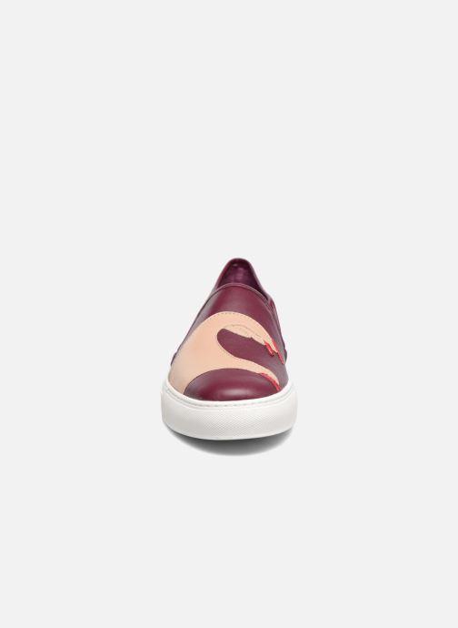 Baskets Katy Perry The Heart Bordeaux vue portées chaussures
