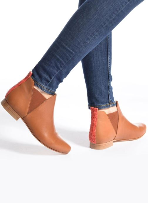 Ankle boots Anaki Morena Brown view from underneath / model view