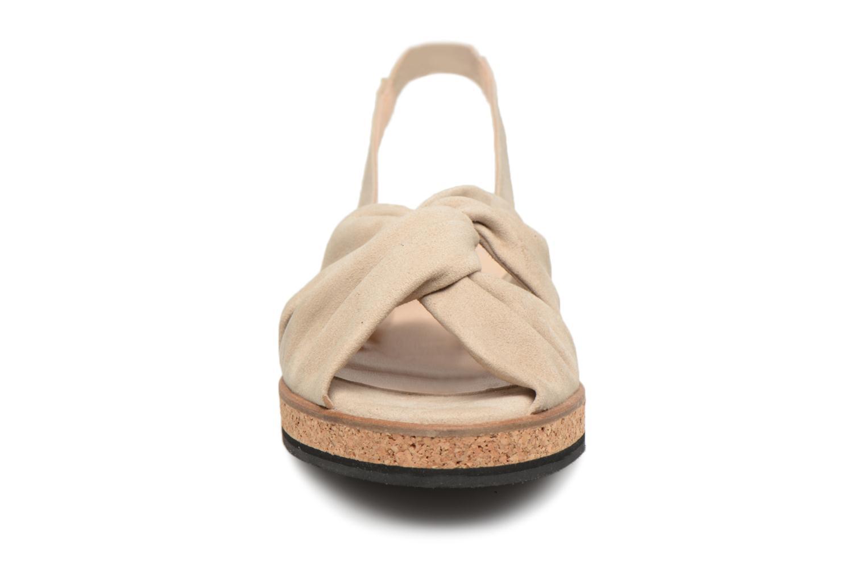 Sandales et nu-pieds Anaki Mismi Beige vue portées chaussures