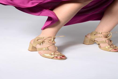 Sandales et nu-pieds Anaki Carilo Or et bronze vue bas / vue portée sac