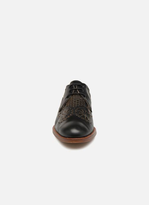 Schnürschuhe Anaki Neiva schwarz schuhe getragen