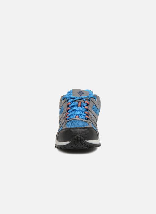 Scarpe sportive Columbia Youth Redmond Grigio modello indossato