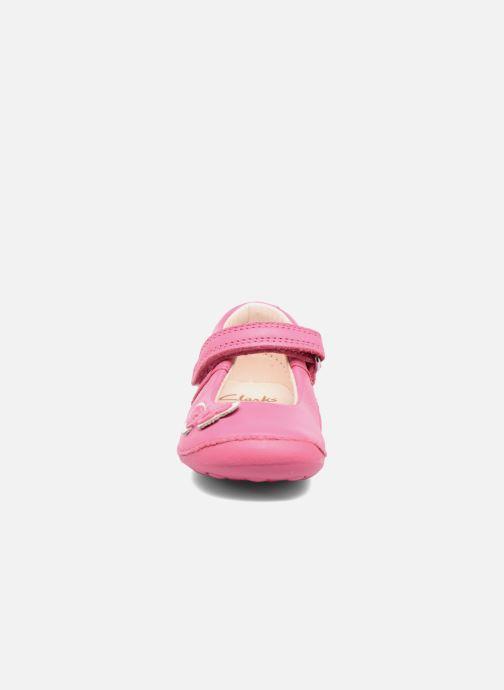 Ballerines Clarks Little Mia Rose vue portées chaussures