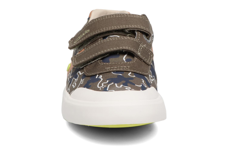 Baskets Clarks Comic Zone Jnr Vert vue portées chaussures