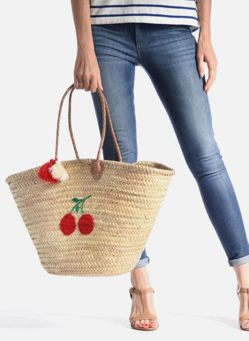 Handbags Etincelles Panier artisanal Cerise Red view from underneath / model view