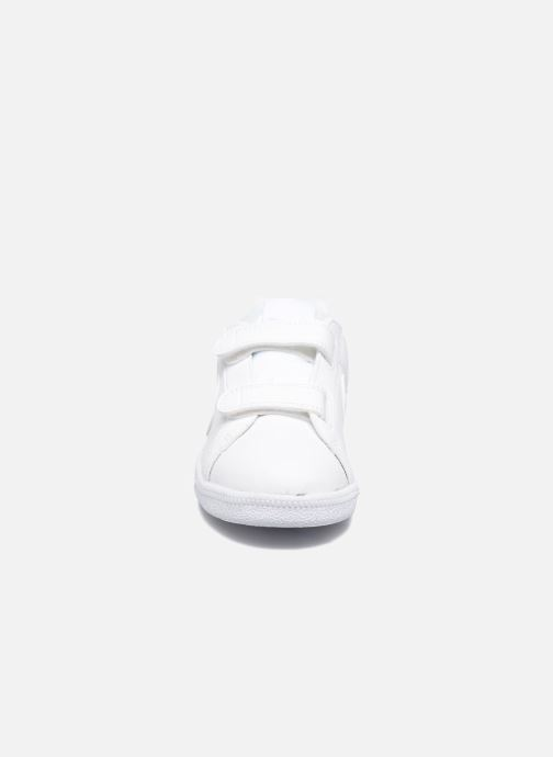on sale 9c53f 44faf Baskets Nike Nike Court Royale (Psv) Blanc vue portées chaussures