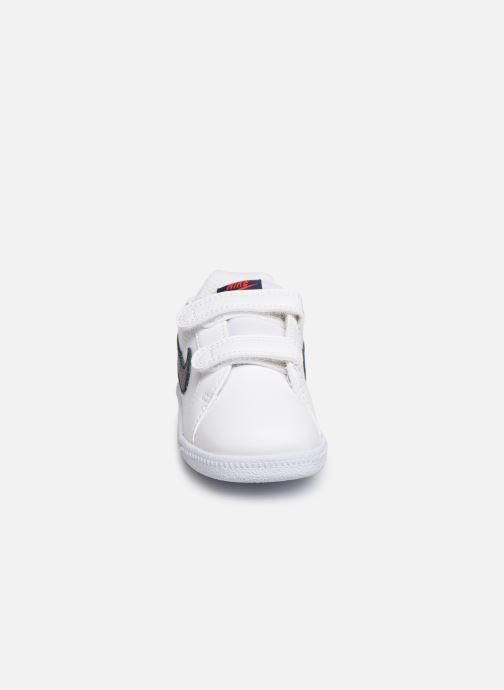 Sneakers Nike Nike Court Royale (Tdv) Bianco modello indossato
