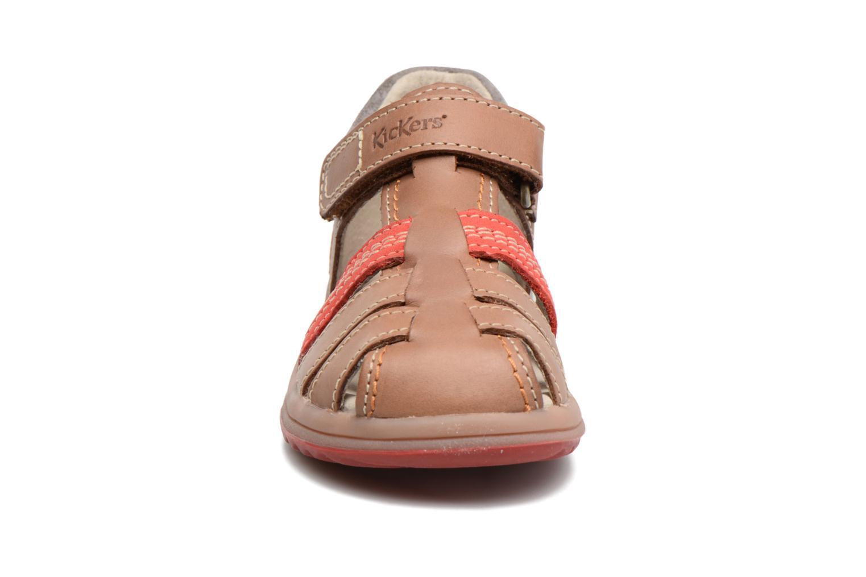 Sandalen Kickers Platiback beige schuhe getragen