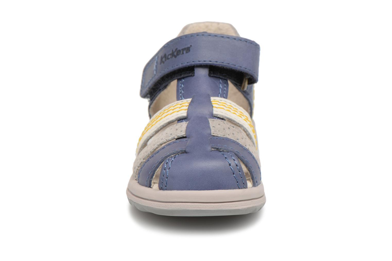Sandales et nu-pieds Kickers Platiback Bleu vue portées chaussures