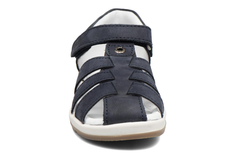Sandalias Kickers Solaz Azul vista del modelo