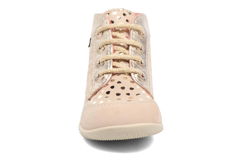 Chaussures à lacets Kickers Boetik Beige vue portées chaussures