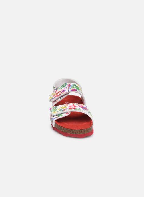 Sandalen Kickers Summerkro weiß schuhe getragen