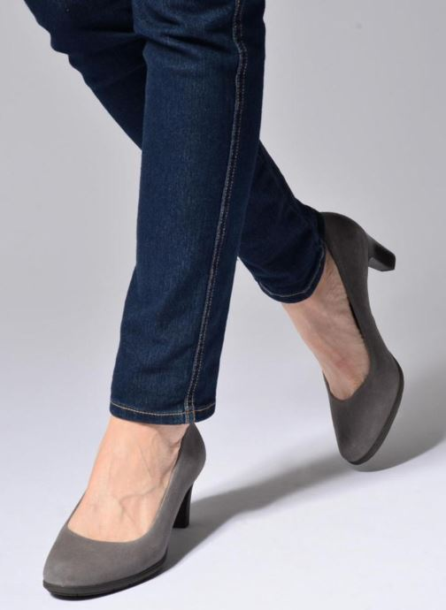 High heels Rockport Melora Plain Pump Grey view from underneath / model view