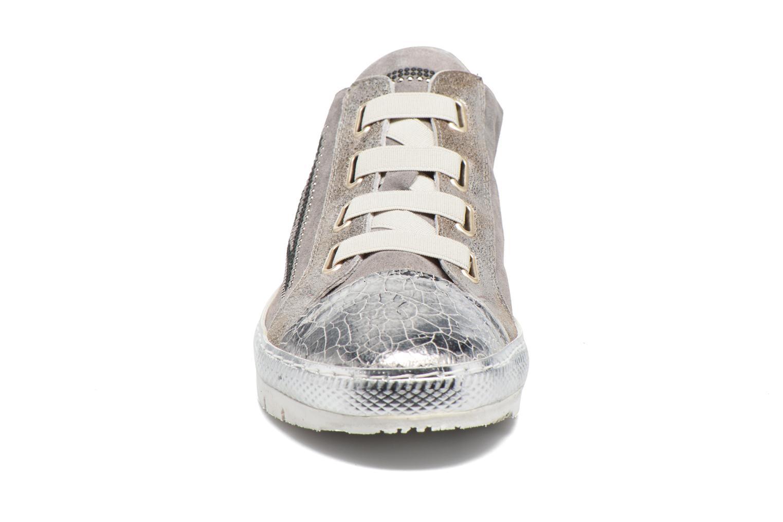 Baskets Khrio Calcuta Gris vue portées chaussures
