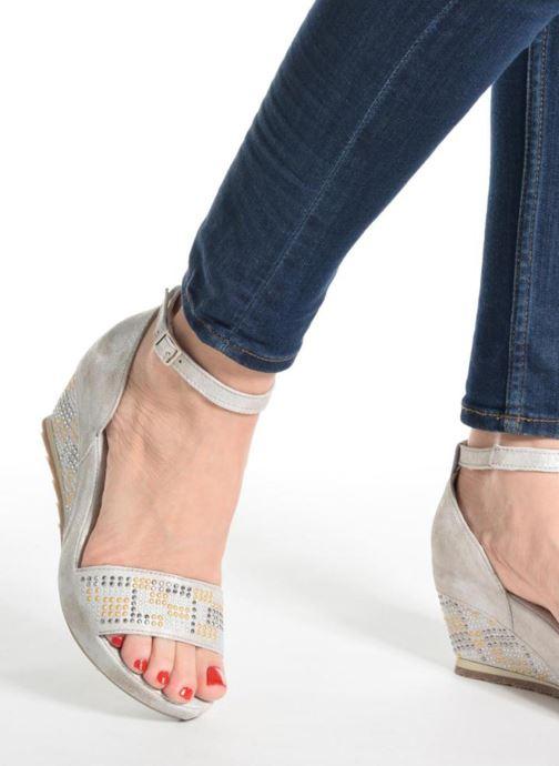 Sandales et nu-pieds Khrio Maika Gris vue bas / vue portée sac