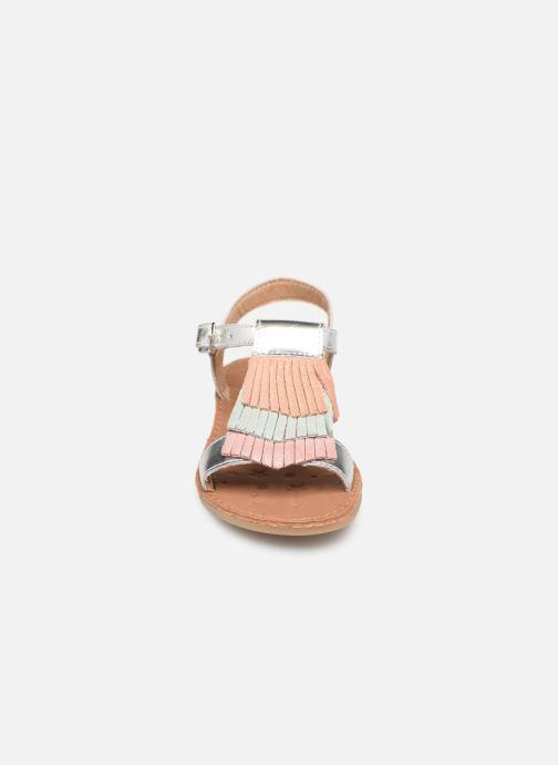 Sandales et nu-pieds Shoo Pom Happy Fringe Argent vue portées chaussures