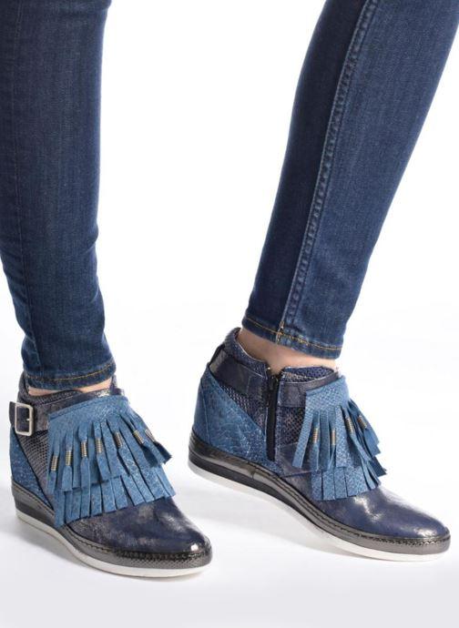 Sneakers Khrio Sofia Blauw onder