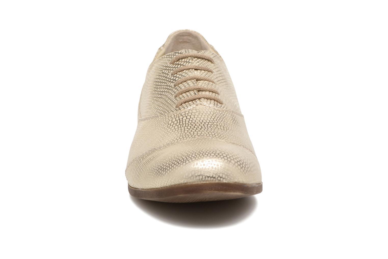 Zapatos con cordones Khrio Aitana Oro y bronce vista del modelo