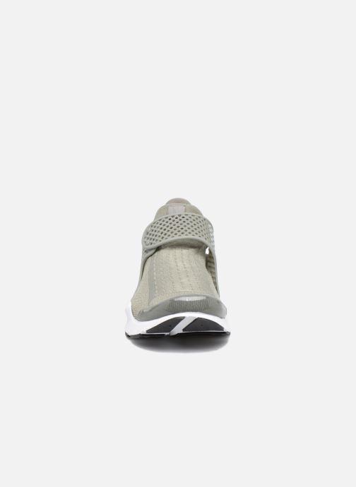 Baskets Nike Wmns Nike Sock Dart Vert vue portées chaussures