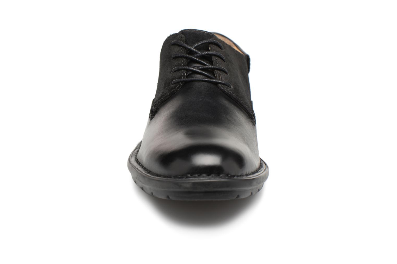 Schnürschuhe Kickers Vildiur schwarz schuhe getragen