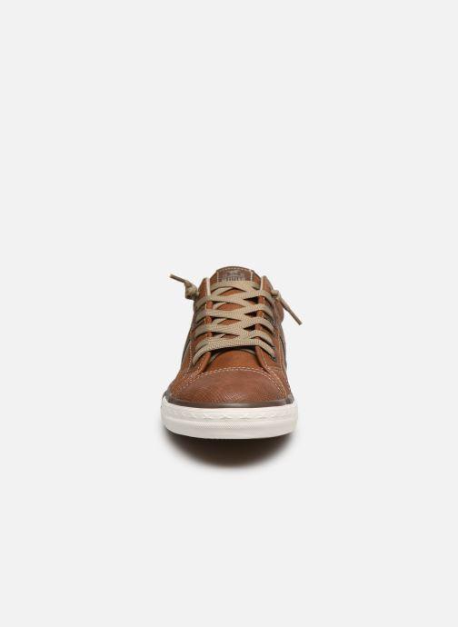 Baskets Mustang shoes Ralf Marron vue portées chaussures