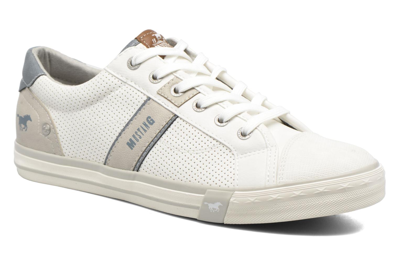 Baskets Mustang shoes Ralf Blanc vue détail/paire
