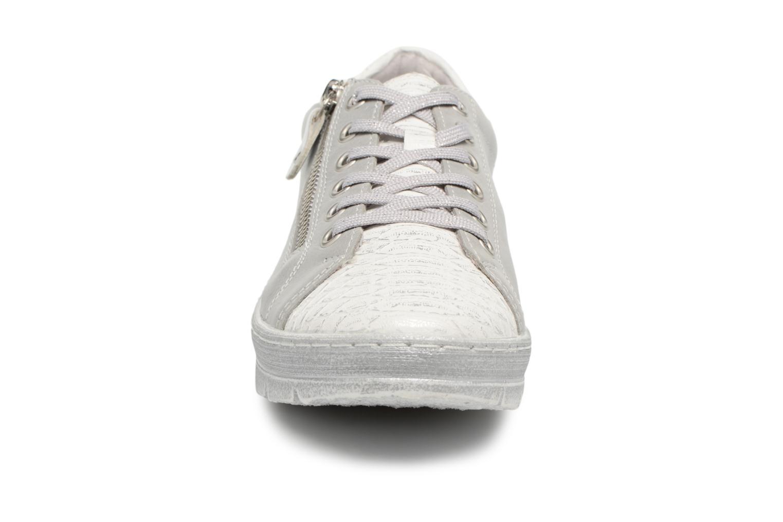 Baskets Remonte Bago D5800 Gris vue portées chaussures
