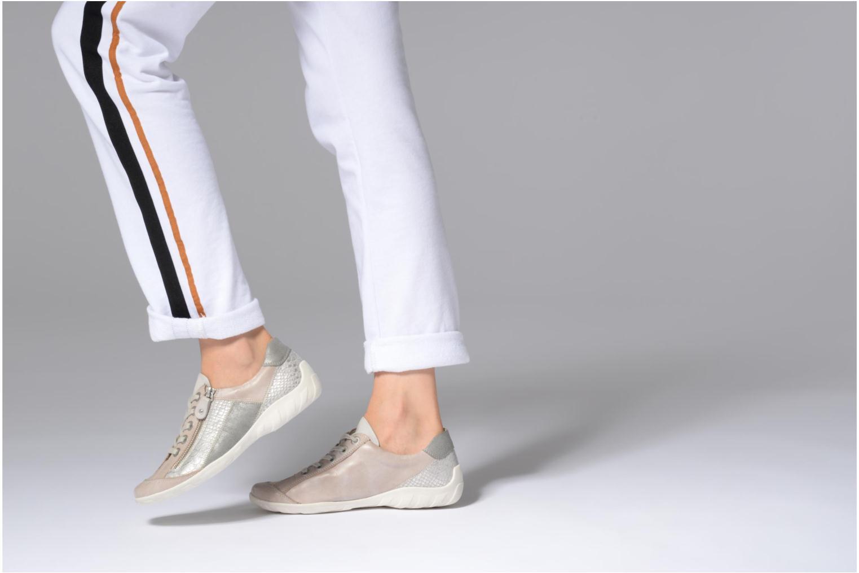 Sneaker Remonte Bora R3419 grau ansicht von unten / tasche getragen
