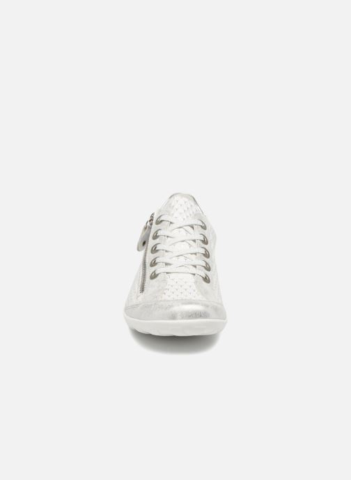 Baskets Remonte Galea II Blanc vue portées chaussures