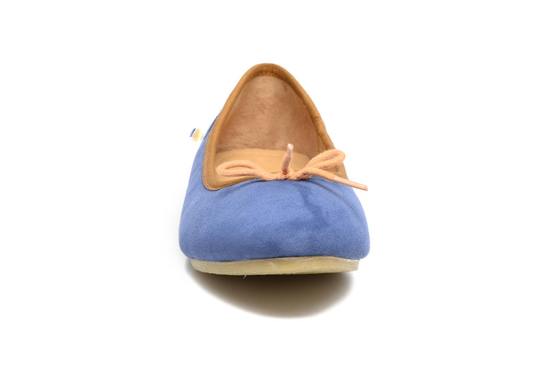 Ballerines Kickers Baie Bleu vue portées chaussures