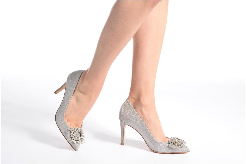 High heels COSMOPARIS Manifika/Diam Silver view from underneath / model view
